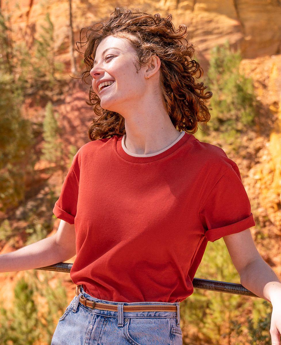 T-shirt femme recyclé Filgood Filgood petit coeur brodé personnalisé