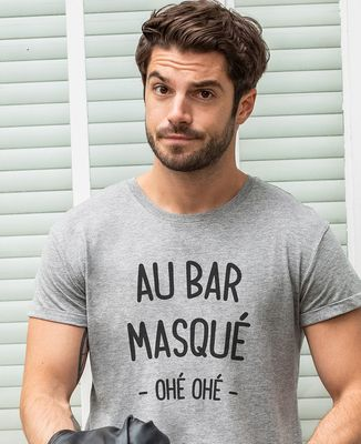 T-Shirt homme Au bar masqué