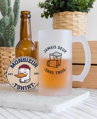 Chope de bière Jamais deux sans trois