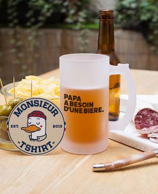 Chope de bière Papa a besoin d'une bière